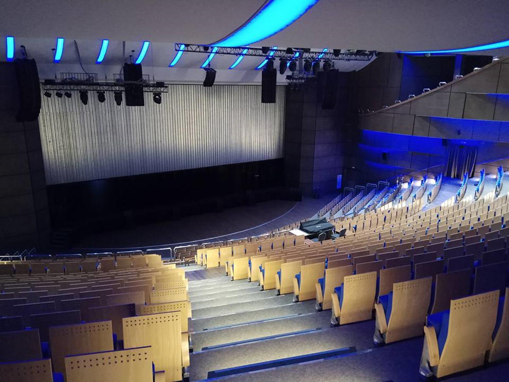 Tekno Akustik Ses Yalıtım Malzemeleri Tiyatro Salonu Ses Yalıtımı
